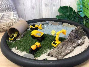Acacia small world diggers